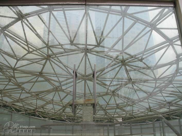钢结构网架玻璃雨棚