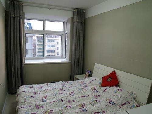 2011年卧室装修效果图简约时尚风格(图)