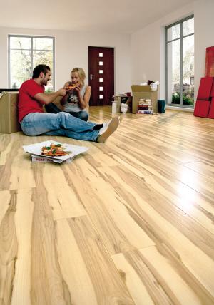 采用先进技术制作加工木地板