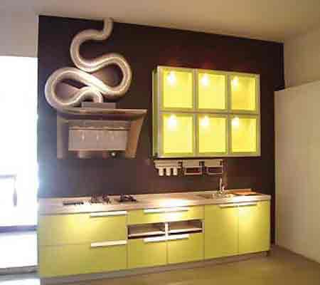 客厅的背景和衣柜的最上端如果要装吊柜